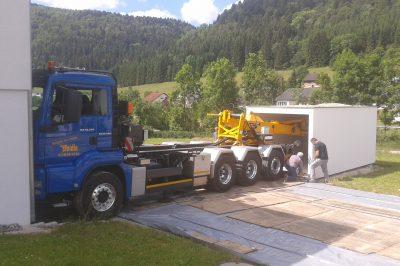 Garagenversetzung mit Versetz-LKW