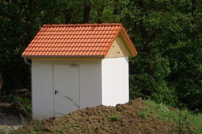 Pumpstation mit Satteldach